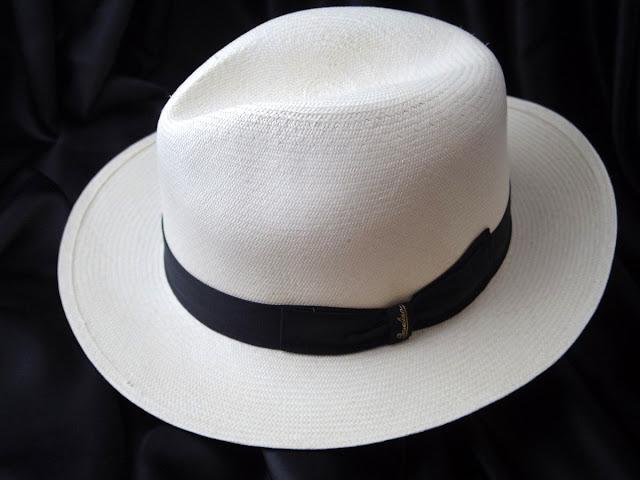 ボルサリーノのパナマ帽