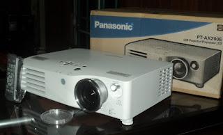 harga Proyektor HD Panasonic PT-AX200E
