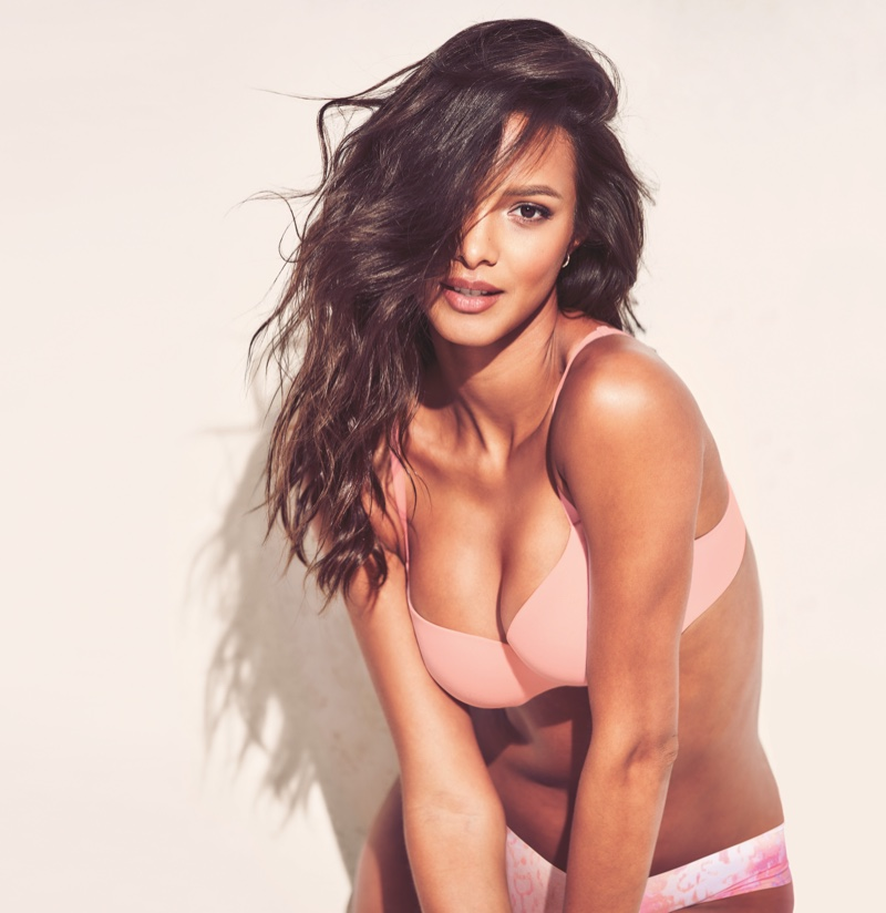Lais Ribeiro appears in Victoria's Secret Incredible Bra campaign