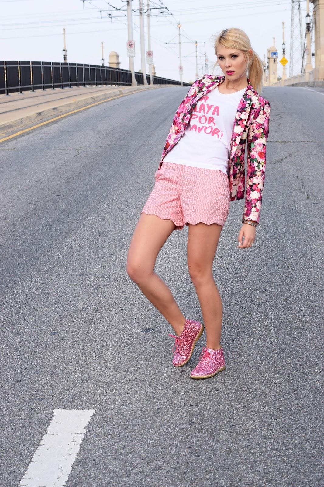 Qtee, customize shirt, customize, fashion designer, graphic tee, pink, kate spade, Sophia Webster, sparkling boots, rose blazer, la playa por favor