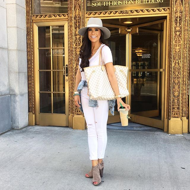 all white outfit idea, louis vuitton nevderful GM damier azur, tulsa fashion blog, white jbrand distressed denim, best white v neck tee, all white outfit for spring, pinterest outfit idea white denim, pinterest summer fashion outfit idea