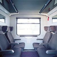 Boş bir tren kompartımanı