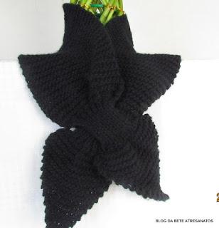 Gola gravatinha em tricô