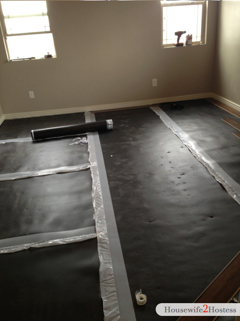 Diy wood flooring in a day housewife2hostess for Wood floor 7 days to die