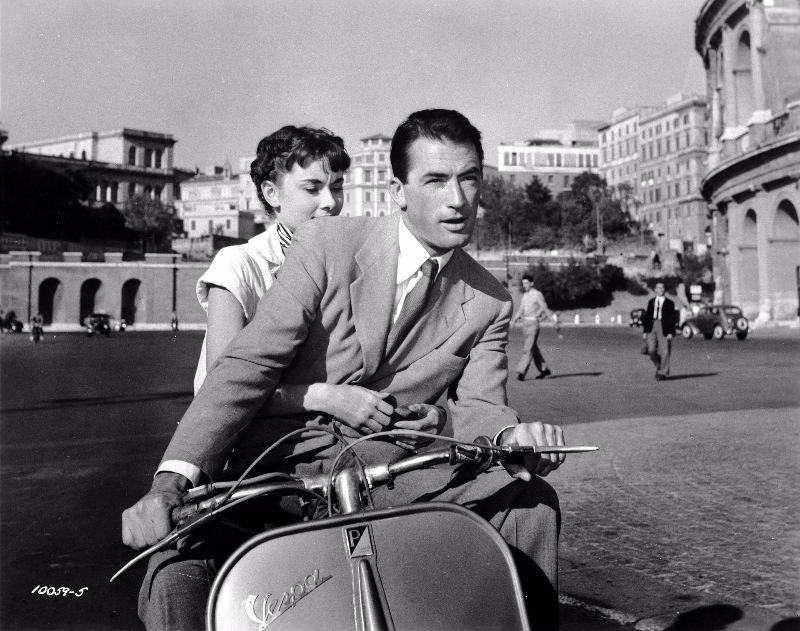 52 Behind The Scenes Photos Of Audrey Hepburn In Roman Holiday In
