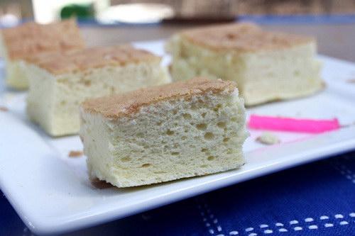 Bánh bông lan kiểu Nhật