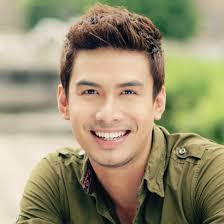 Lyric : Christian Bautista - The Way You Look At Me