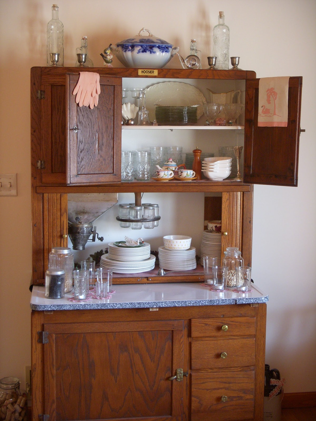 I Inherited A Hoosier Cabinet It Looks To Be In Original