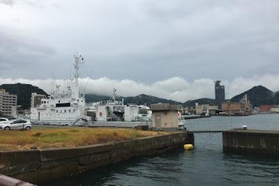 ノーフォーク広場付近に停泊する船