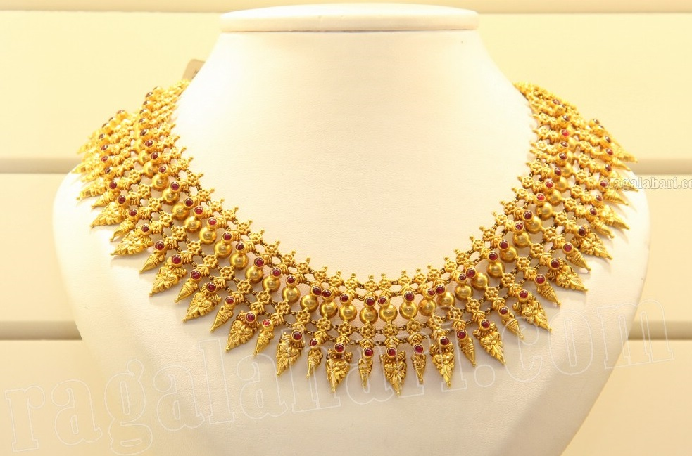 Traditional Necklace by Kirtilal\'s - Jewellery Designs