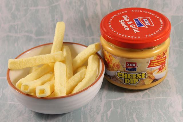 XOX Cheese Dip und Pommes mit Meersalz