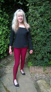 red striped leggings made from Simplicity 2067