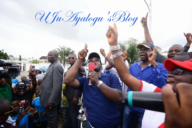 Kogi State Governor, Yahaya Bello, Joins His Workers In Dancing On The Street To Celebrate PMB's Return. (Photos)
