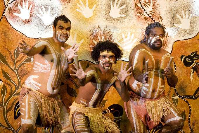 White Wolf : Australia recognises indigenous peoples