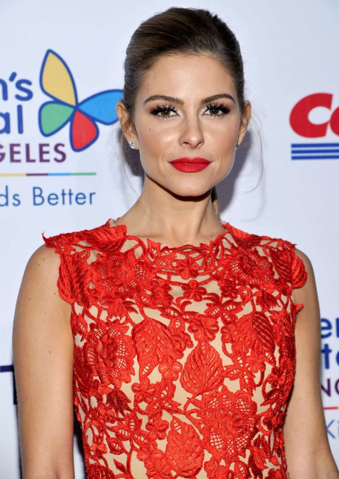 Maria Menounos in a red lace dress at the Children's Hospital Los Angeles Gala: Noche De Ninos