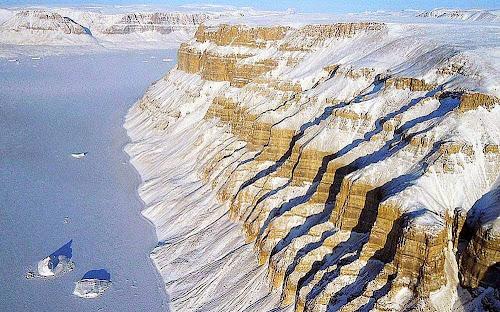 cânions no noroeste da Groelândia