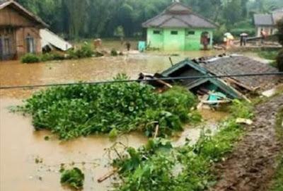Innalillahi, Belasan Orang Tewas Terkena Banjir Bandang di Garut dan Sumedang