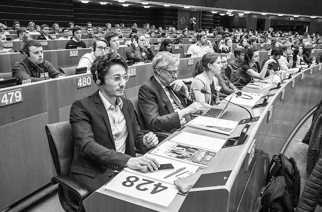 Stand Up For Europe - Students for Europe - Parlement européen - Photo par Ben Heine
