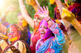 Happy Holi 2019 Images with Thoughts In Hindi, English