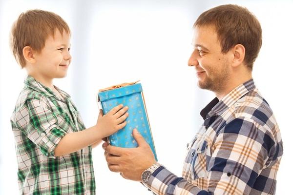 4 Tanda Orangtua Terlalu Memanjakan Anak