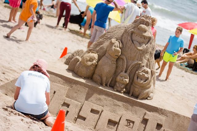 escultura arena mascotas la pelicula
