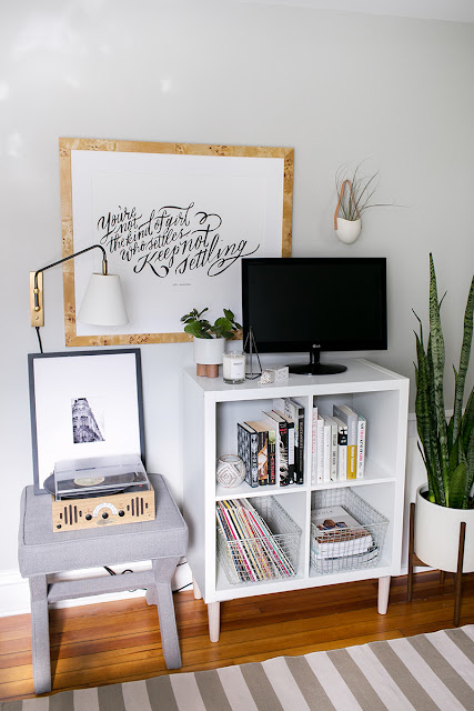 Use an expedit ikea kallax shelf as an epic nightstand for Ikea kallax records