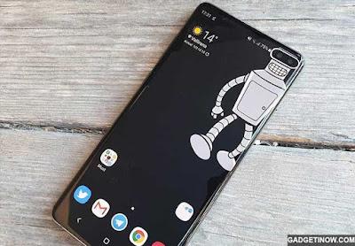2 Cara Menyembunyikan Punch Hole di Samsung Galaxy S10 Series