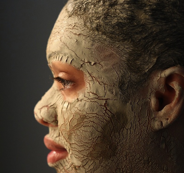 Bentonite Clay Facial 32