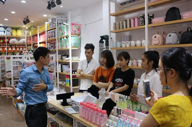 Danh sách các mặt hàng bán chạy và tốt nhất tại cửa hàng tạp hoá, siêu thị mini