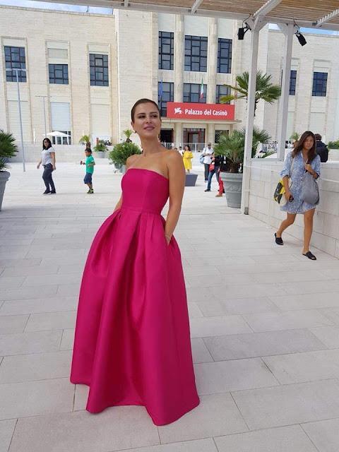 شاهد اطلالة سوسن أرشيد في حفل افتتاح مهرجان البندقية الدولي