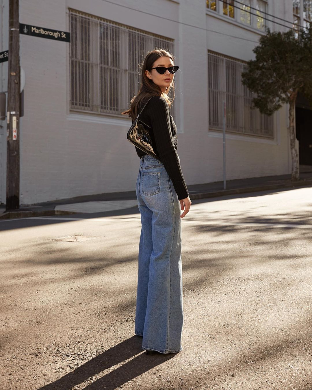 How to Wear Wide-Leg Jeans for Spring — Sara Crampton Instagram Outfit Idea @harperandharley