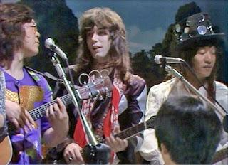 lan Merrill on the Jikan Desuyo TV series (TBS). With Hiromisu Suzuki and Monsieur Kamayatsu, Japan 1973.