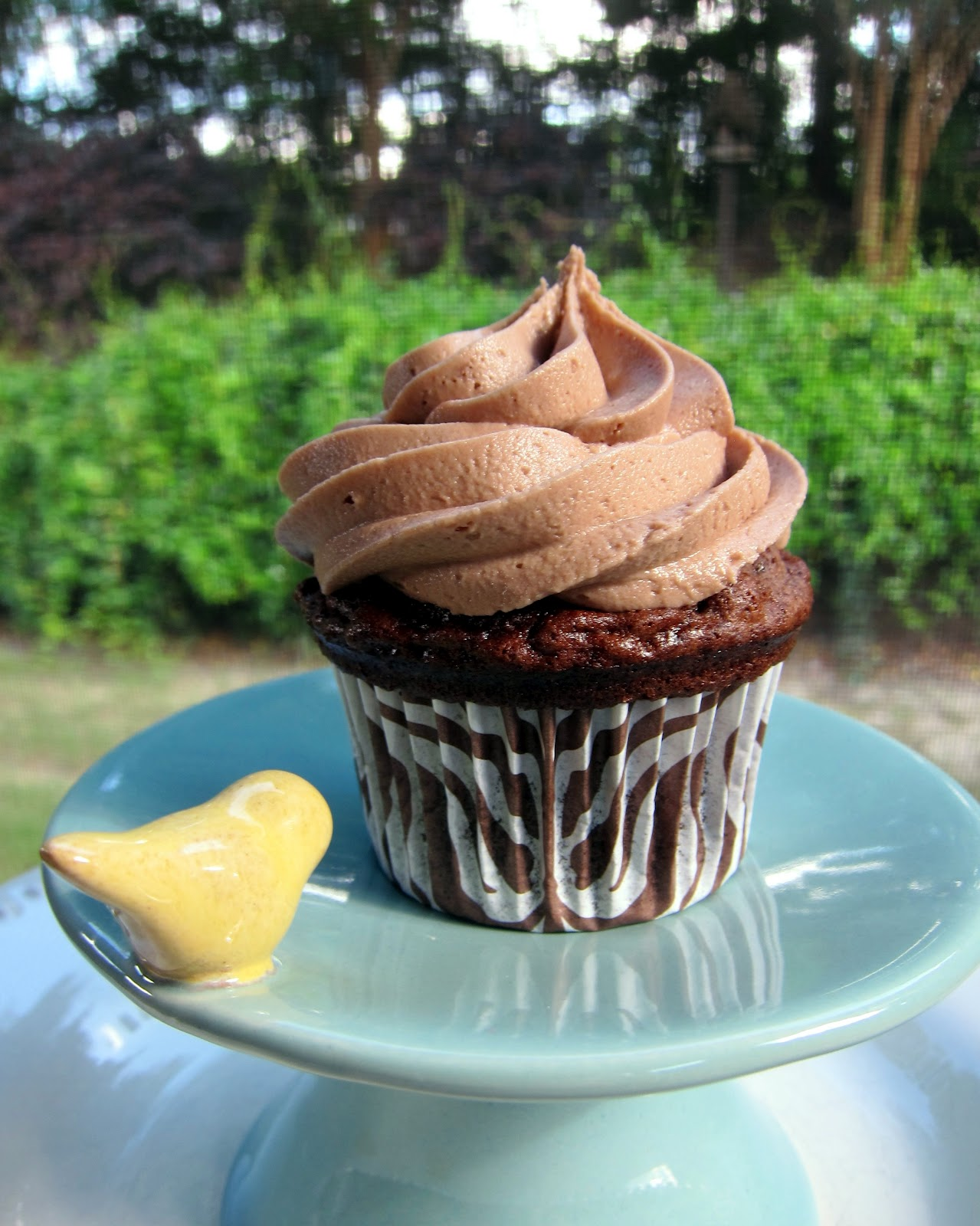 Nutella Cupcakes with Nutella Buttercream - Plain Chicken