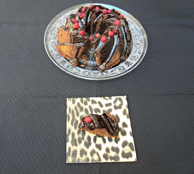 bundt-cake-marmolado-queso-crema-porcion