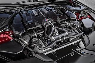 foto motore nuova bmw m5 2018 con trazione integrale xdrive