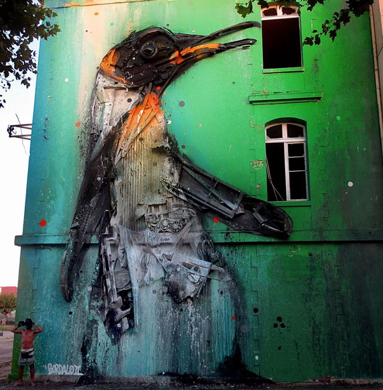 Street Artist Transforms Ordinary Junk Into Animals To Remind About Pollution - Penguin