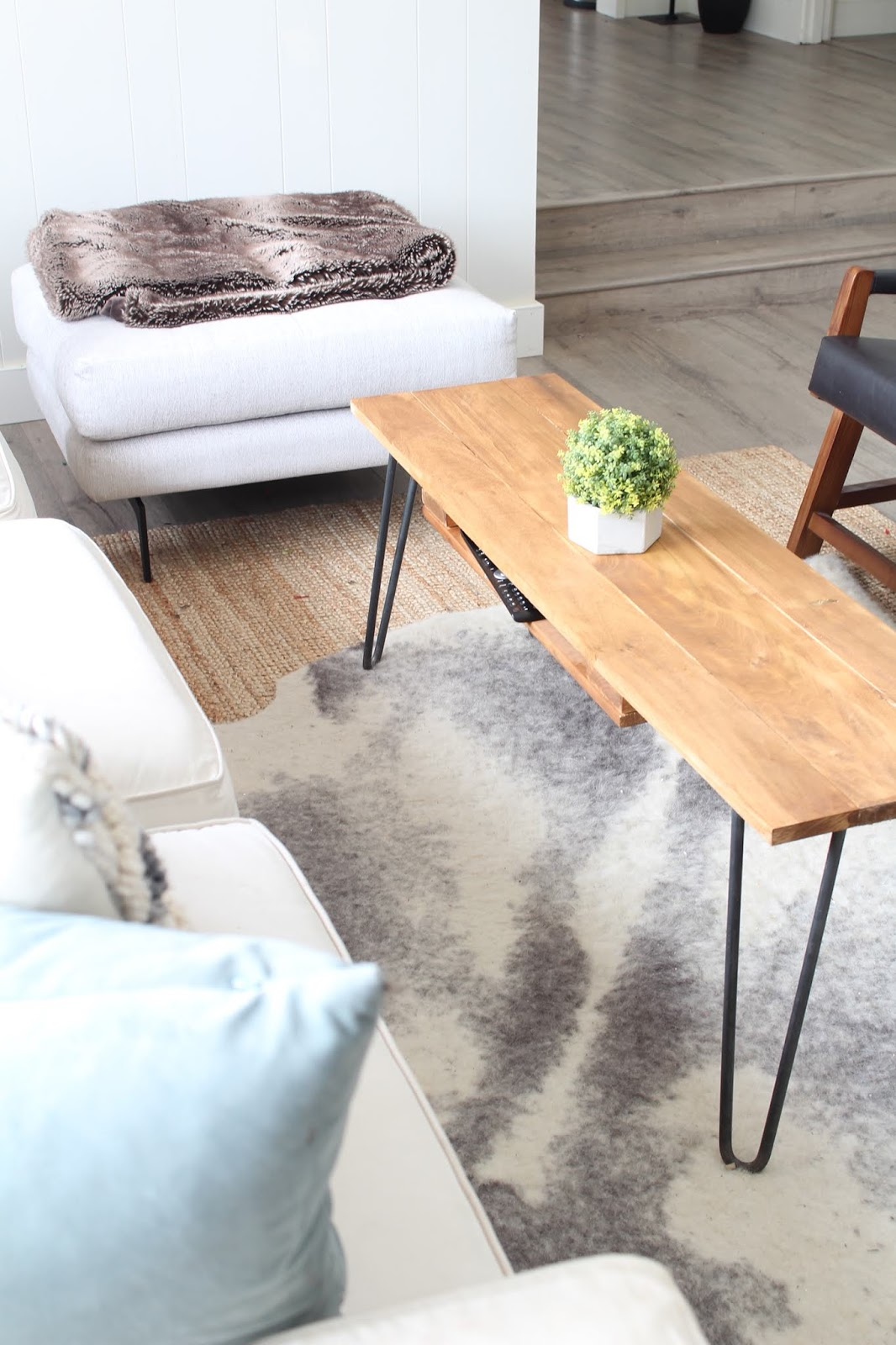 DIY-hairpin-leg-coffee-table-1