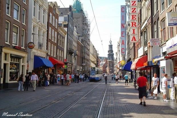 Amsterdam, una via del centro cittadino