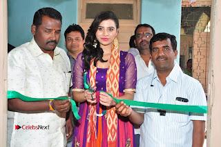 Priyanka Ramana Inaugurates Pochampally IKAT Art Mela  0014.jpg
