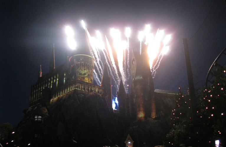 Nighttime Lights at Hogwarts Castle at Universal Orlando