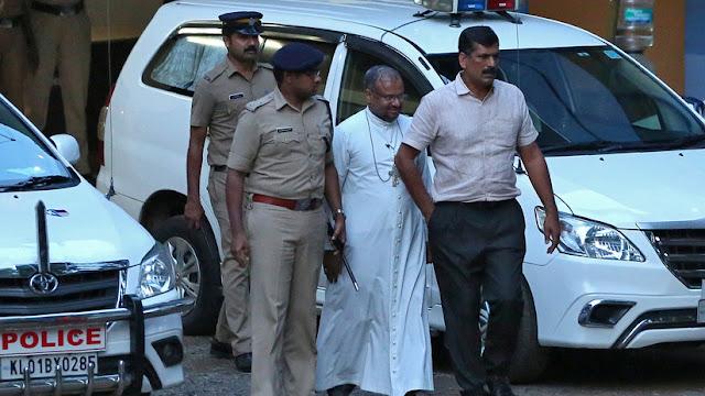 Obispo denunciado por violar durante dos años a una monja es llevado a los tribunales en un caso sin precedentes en la India
