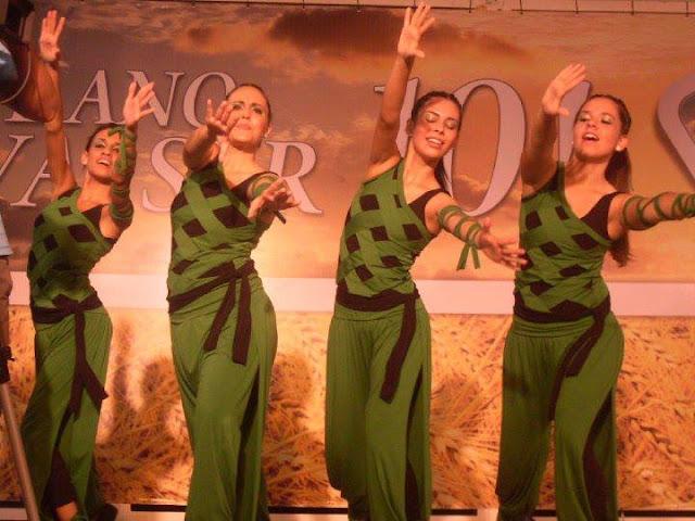 Modelos de Macacão para Dança Gospel