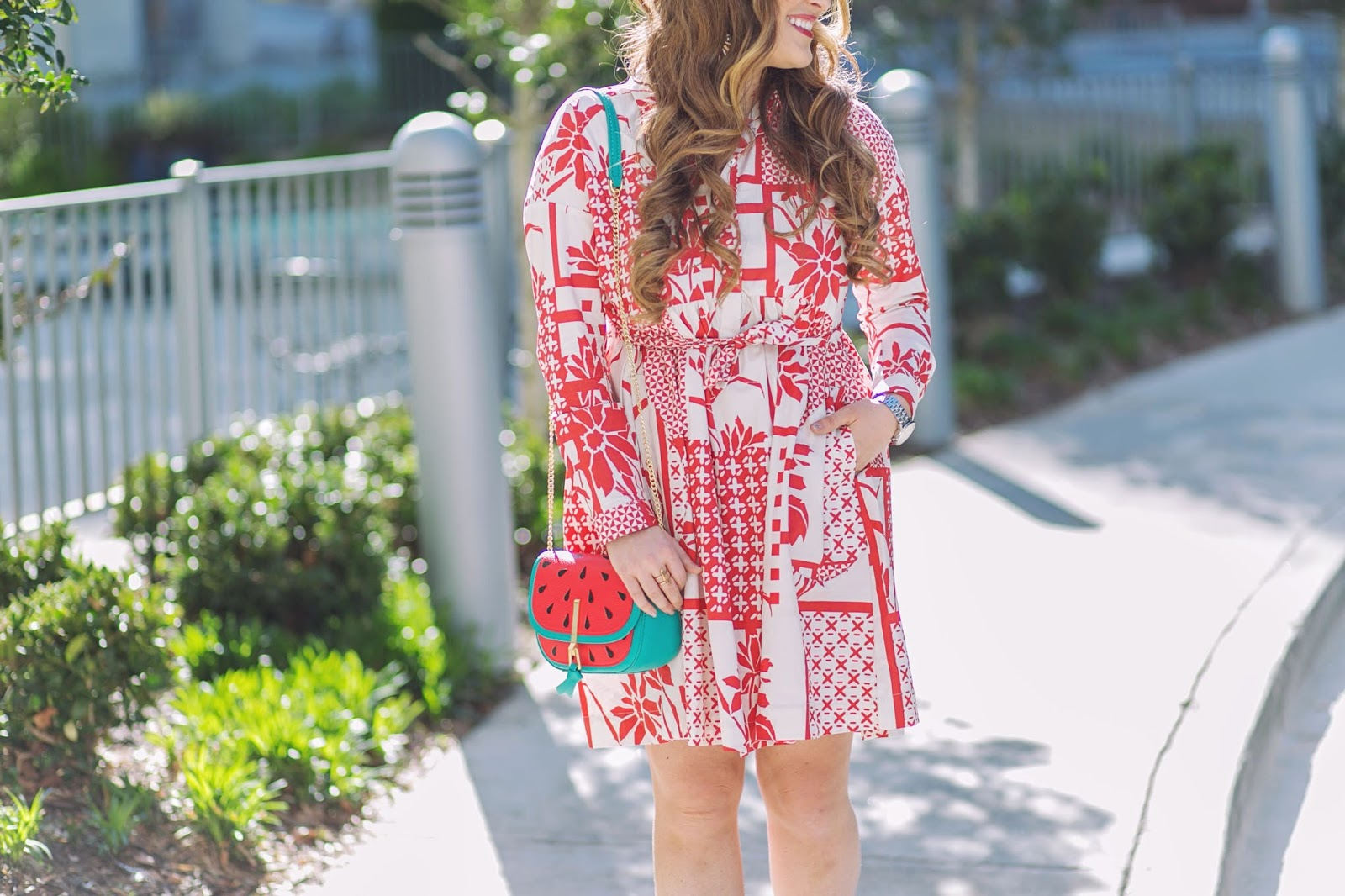Trend Spin Linkup - Fun Prints with a Vera Bradley Bag by fashion blogger Laura of Walking in Memphis in High Heels