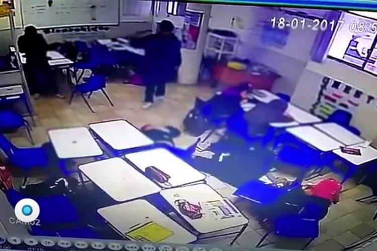 Fuertes Imagenes Alumno asesina a compañeros, maestra y se suicida en Monterrey