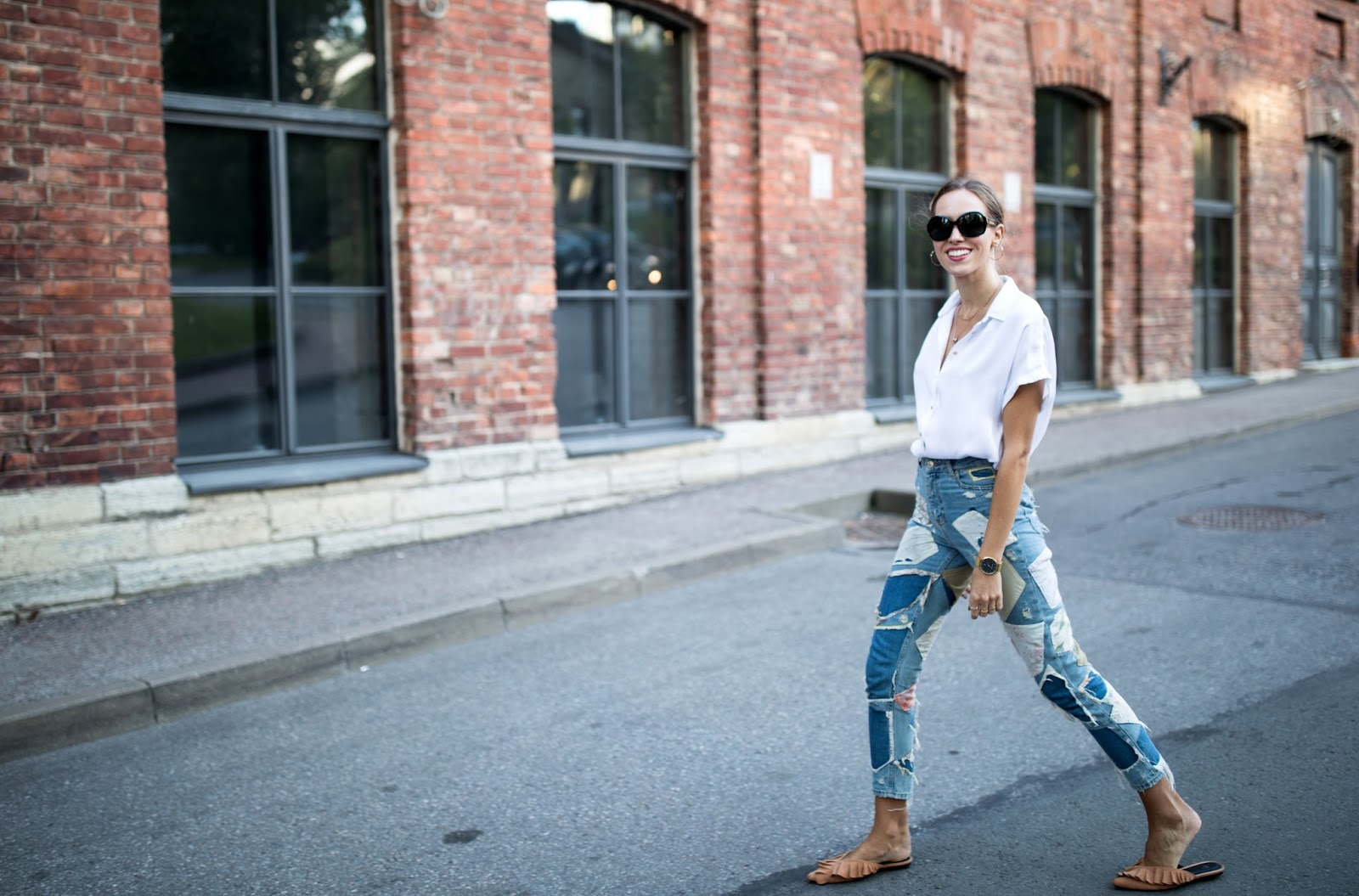 patch jeans summer street style