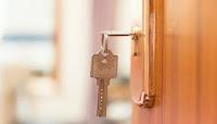 Το καλύτερο κόλπο για να μην κλειδωθείτε ποτέ ξανά έξω από το σπίτι!