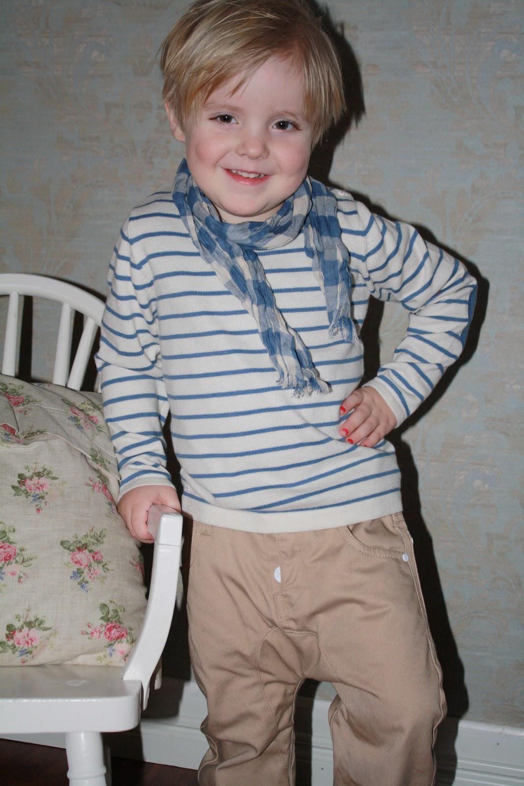4e547020 noen smakebiter fra vår/sommer kolleksjonen fra Miniature gutt ;)