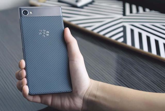 Harga Dan Spesifikasi Blackberry Motion