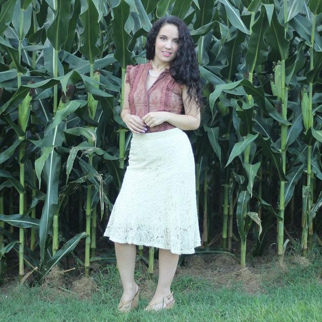 Beige Lace Skirt