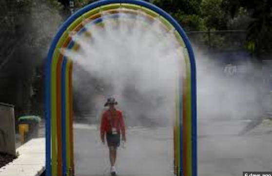 Thousands lose control supply as Melbourne endeavors to remain cool in 44C warmth